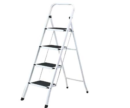 10.Uniware Heavy Duty Steel Step Ladder