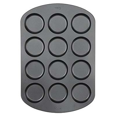 7. Wilton Silicone Heart Mold Pan (Six-Cavity)