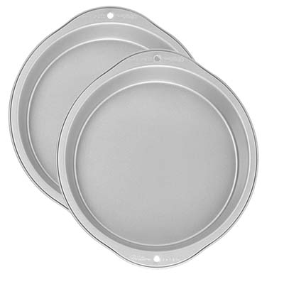 9. Wilton Recipe Two-Piece Round Pan
