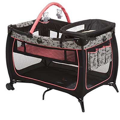3. Safety 1st Gentle Lace Play Yard