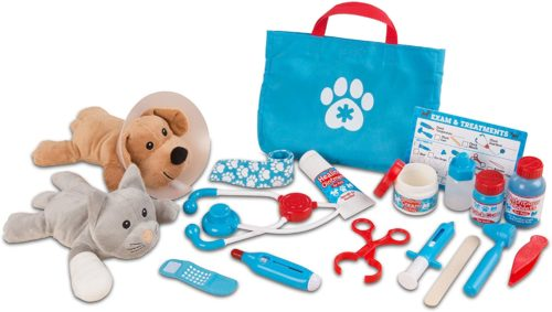9. Melissa & Doug Pet Vet Play Set
