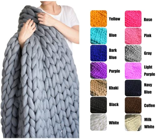 1. EASTSURE Chunky Knit Blanket