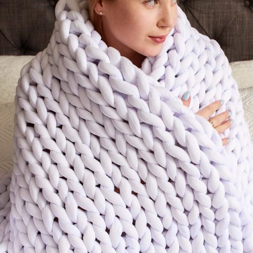 11. Roore Chunky Knit Blanke