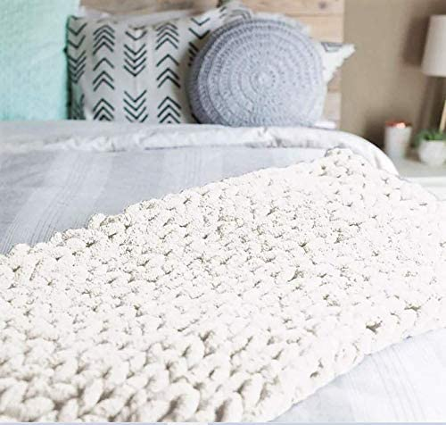 5. Abound Kingsize Chunky Knit Blanket